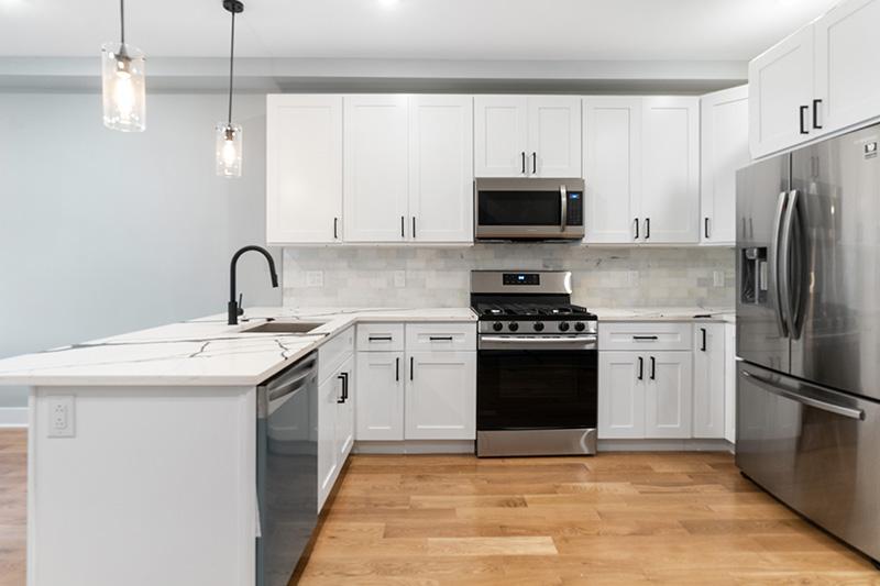 3037 Sedgley Kitchen 1