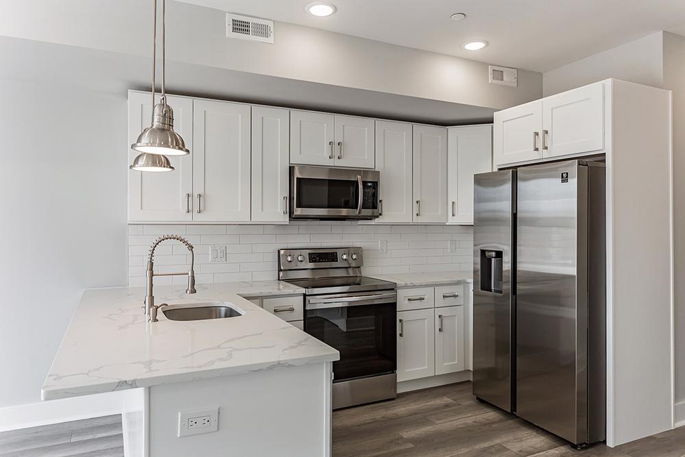 2206 Ridge Ave Kitchen