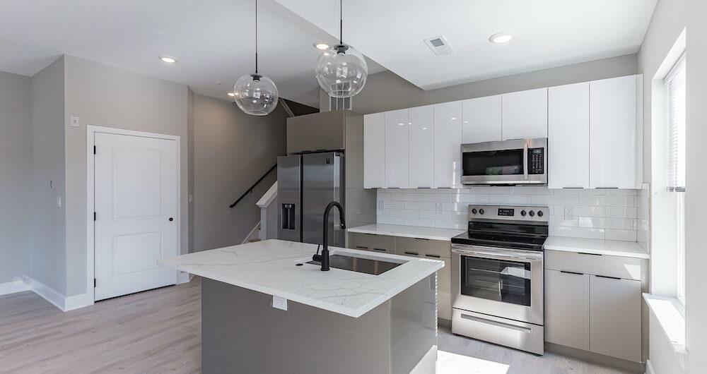 2848-diamond-st-kitchen-island