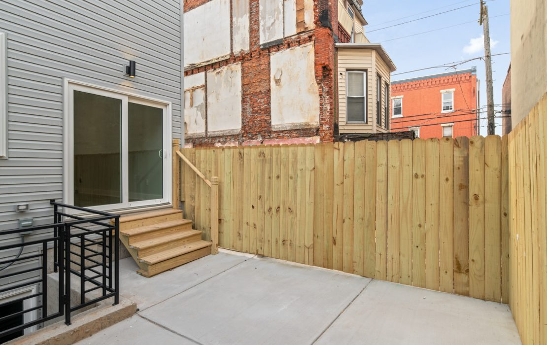 2537 Cecil B Moore Ave-MLS-26